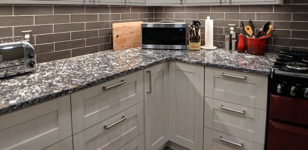 Kitchen Cabinet Components - Doors and Drawers